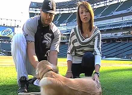 Mark Buehrle gives dogs hope through Sox for Strays