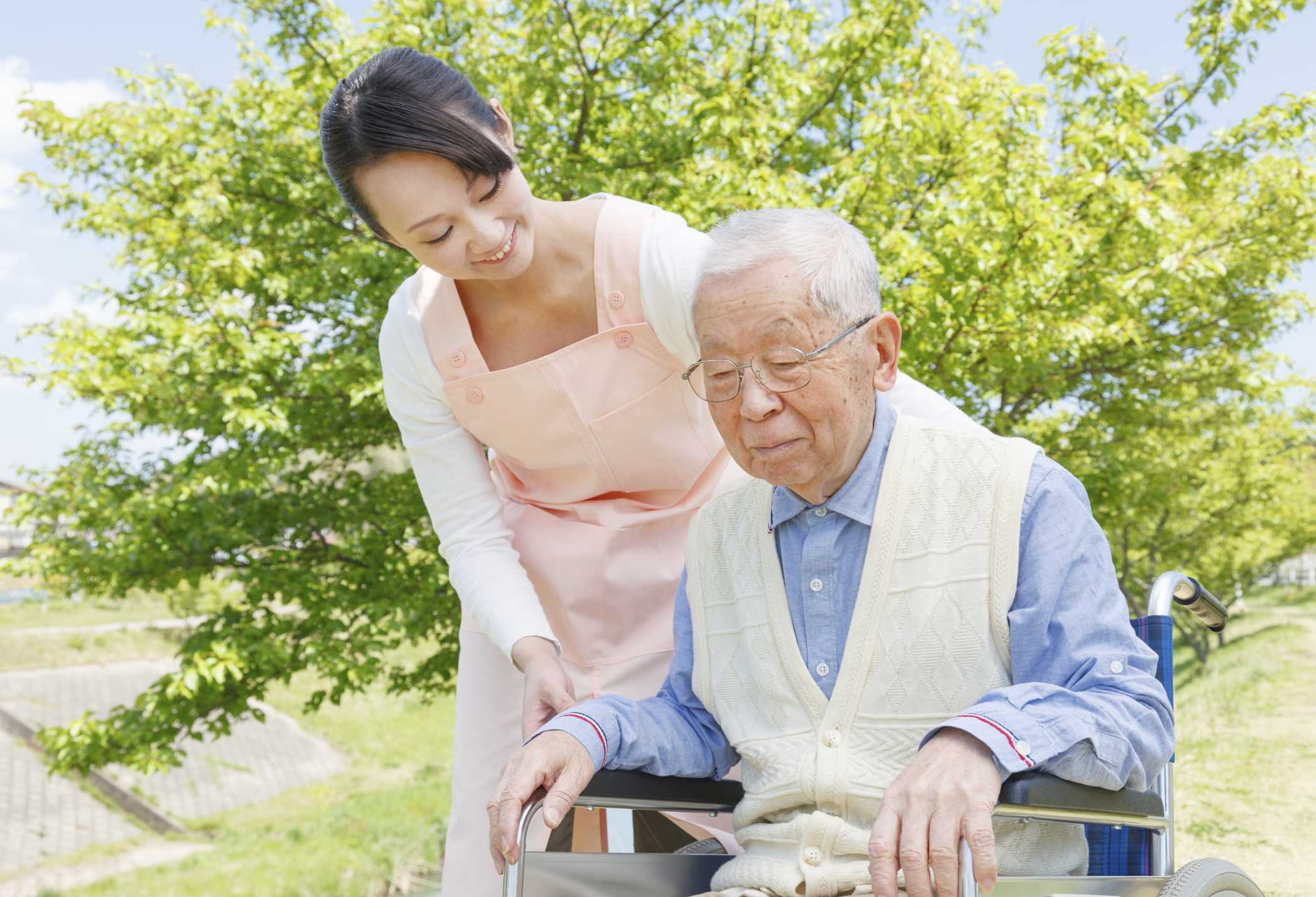How to Work Together to Care for a Loved One
