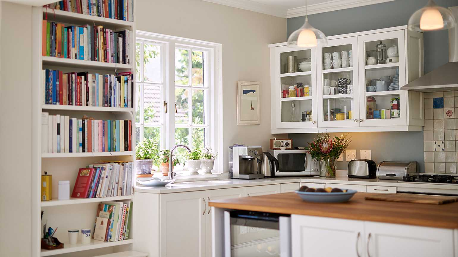 A tidy, decluttered kitchen