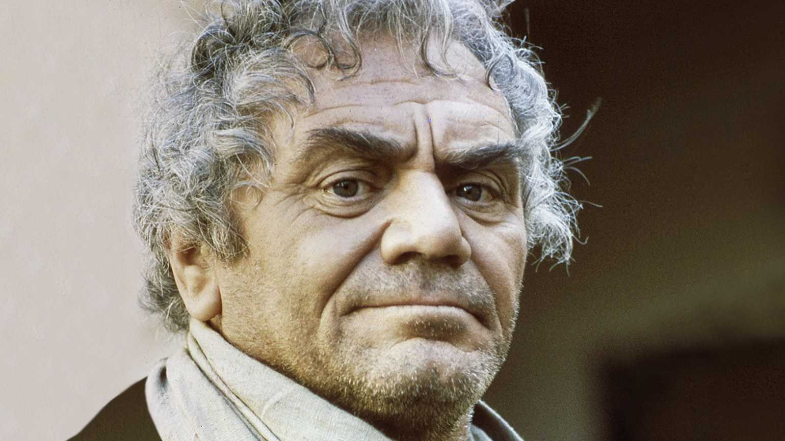 Guideposts Classics: Ernest Borgnine's Inspiring Good Friday Vision