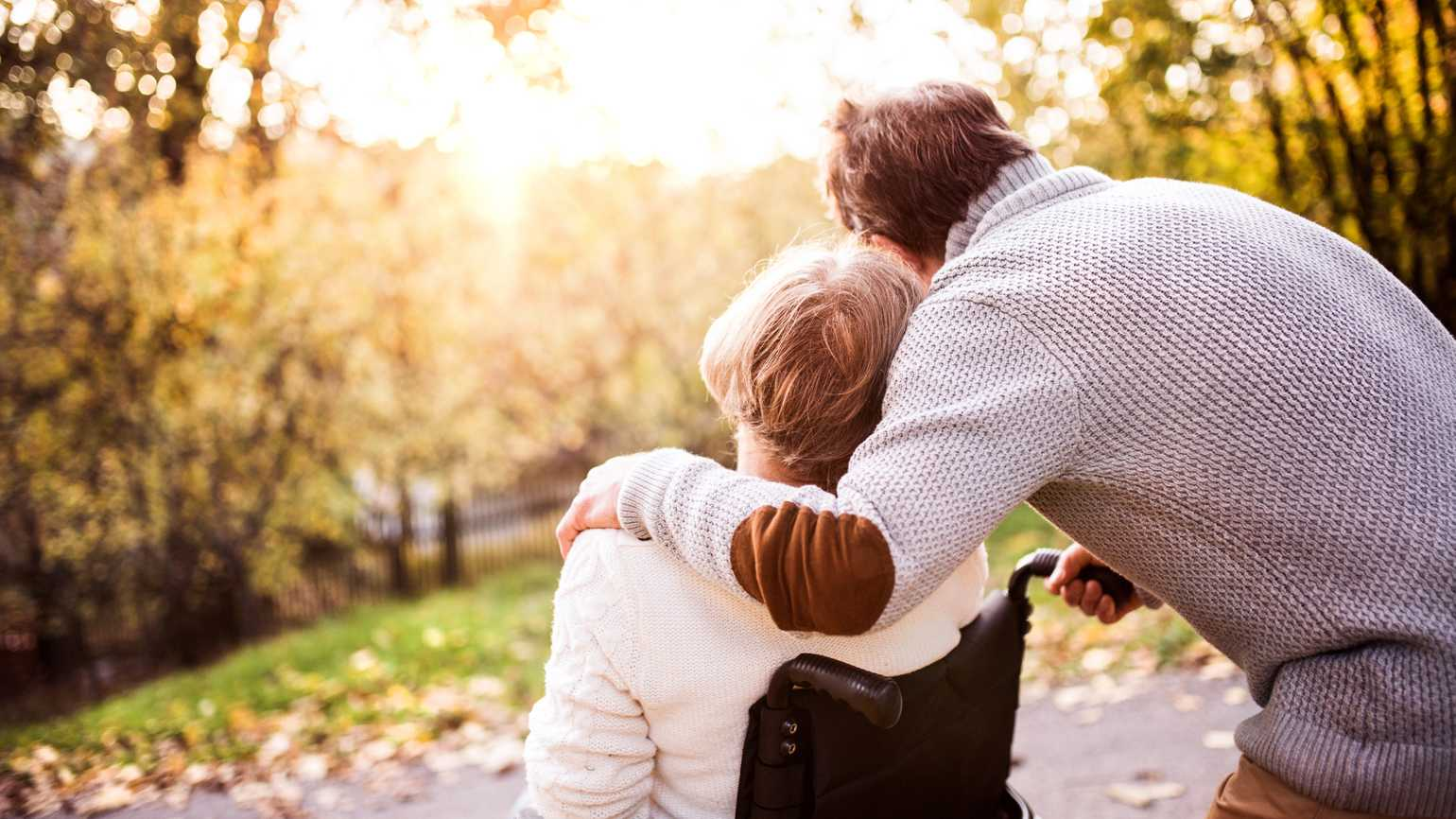 7 Tips for Gently Helping an Alzheimer's Patient