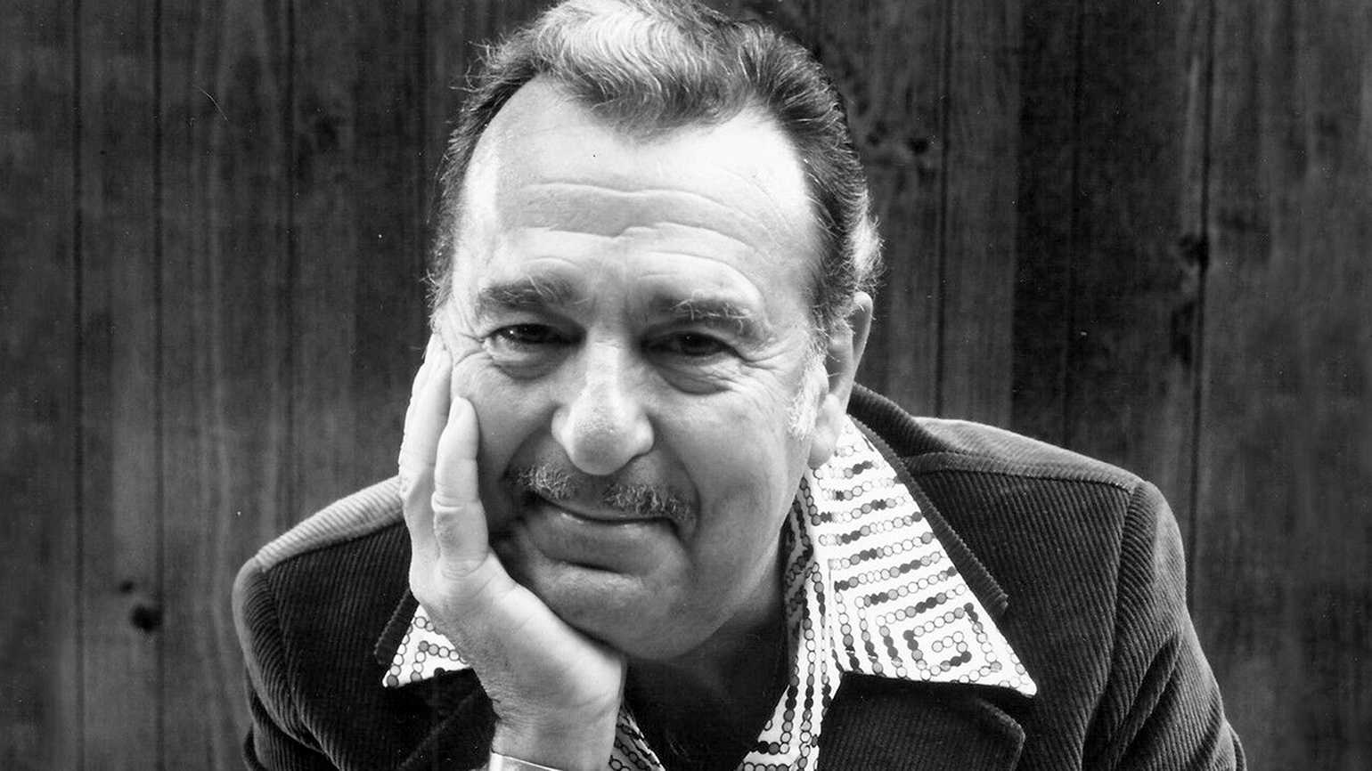 Guideposts Classics: Tennessee Ernie Ford Honors His Father