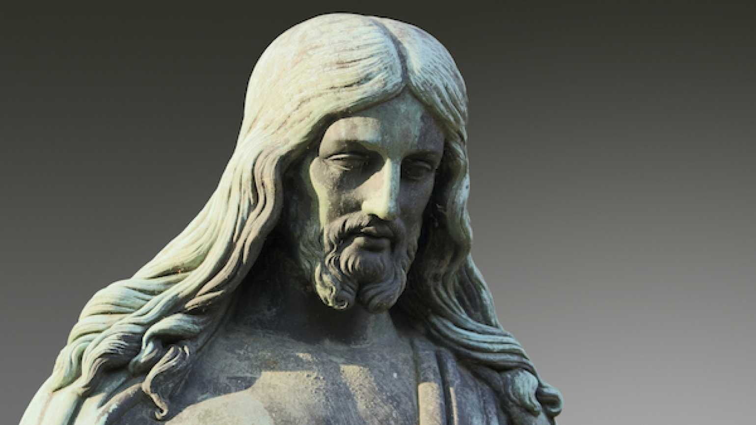 How a statue of Jesus revived a weary, lost woman.