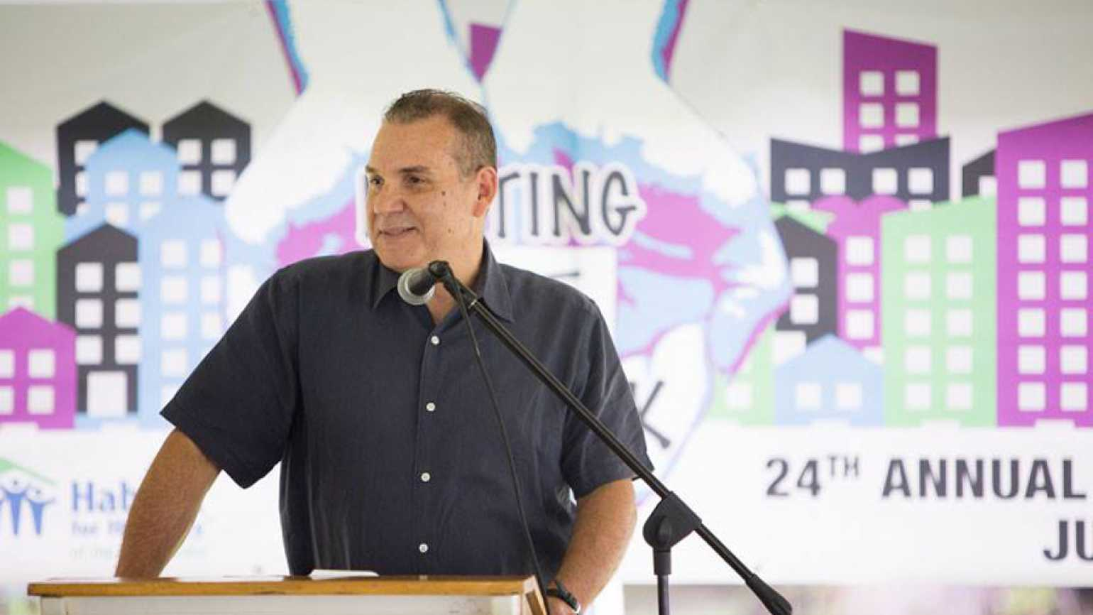Pablo Diaz speaks to Habitat for Humanity Putting Faith to Work