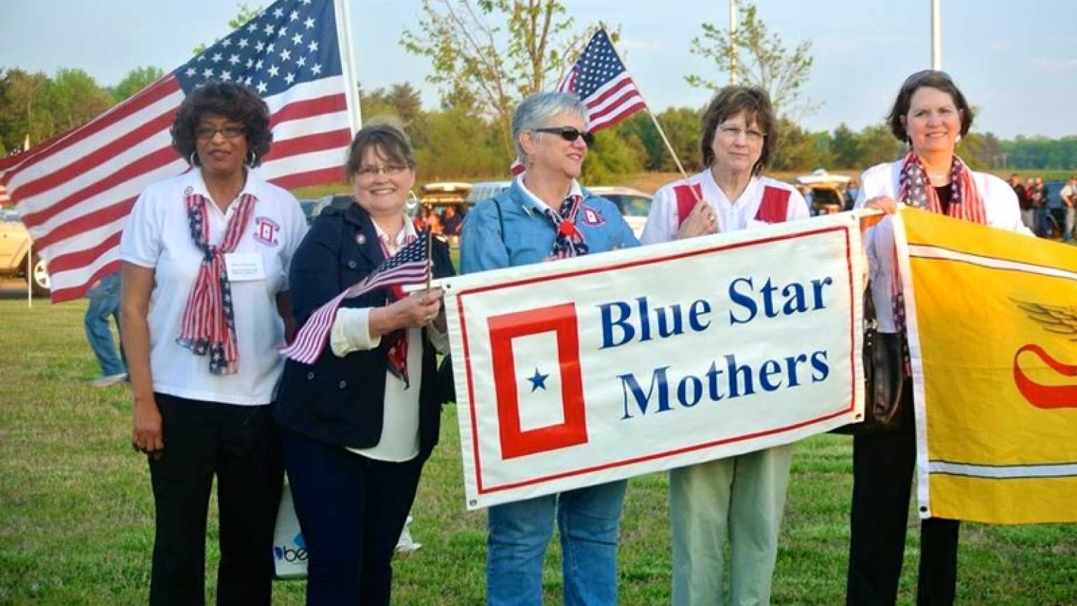 Outreach Ministries blogger Edie Melson and a group of Blue Star Mothers