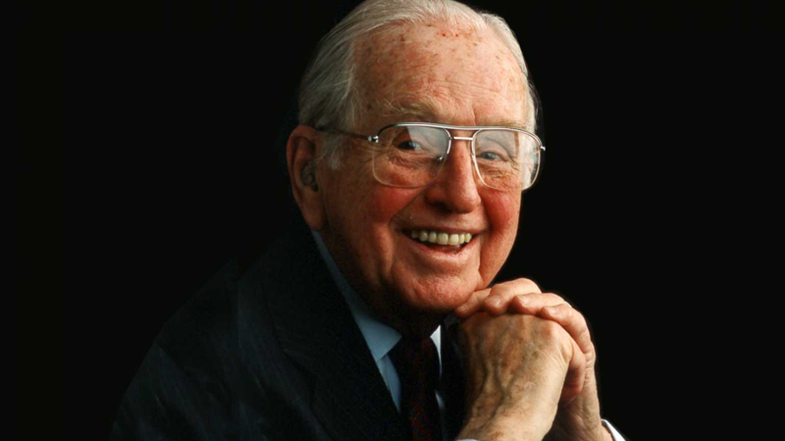 Norman Vincent Peale began a family Christmas tradition.