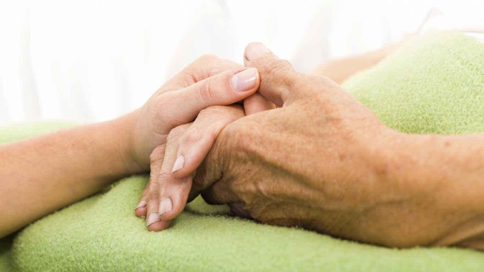 Caring for a Loved One with Late-Stage Dementia