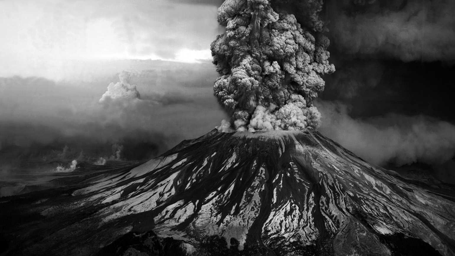 Mount St. Helens, hours after it erupted