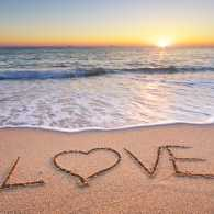 Love stories at the beach