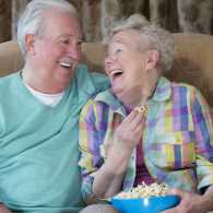 5 Evening Activities for Someone with Dementia
