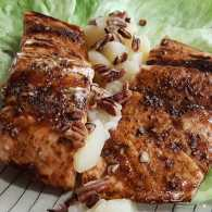 Balsamic salmon with pears and pecans