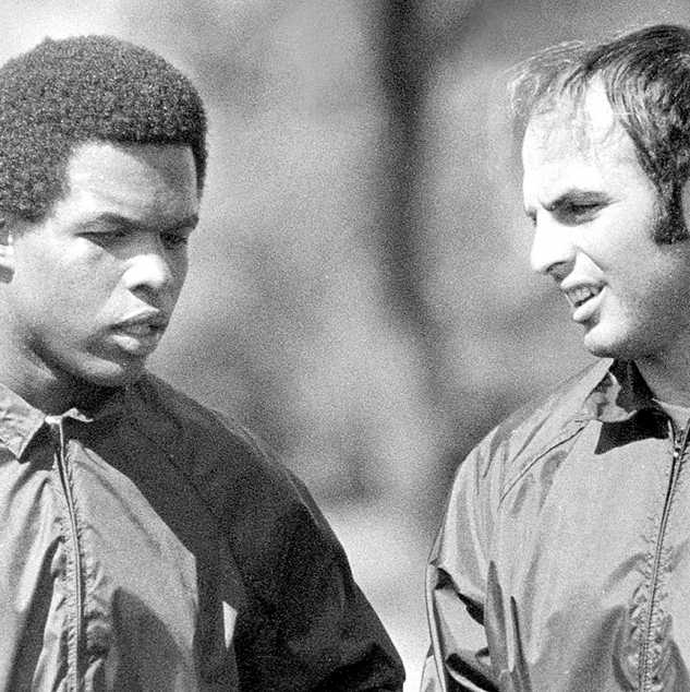 Gale Sayers (left) and Brian Piccolo