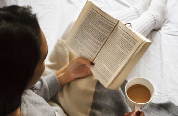 Guideposts Devotionals to Comfort You This Winter