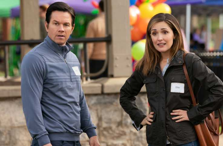 Mark Wahlberg and Rose Byrne in Instant Family