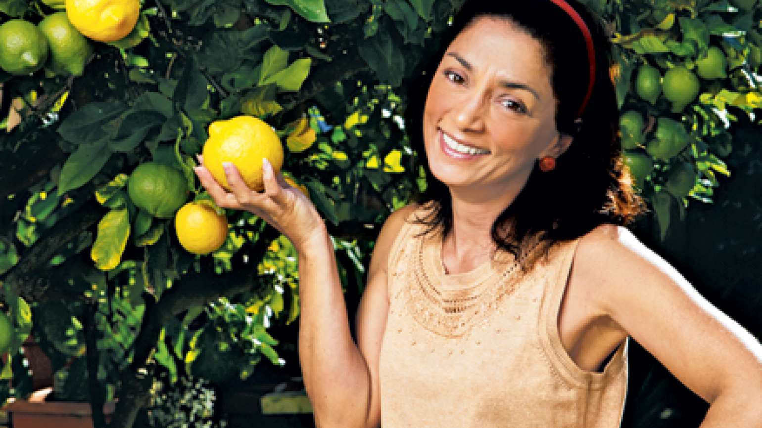 Karen Zindric and her lemon tree