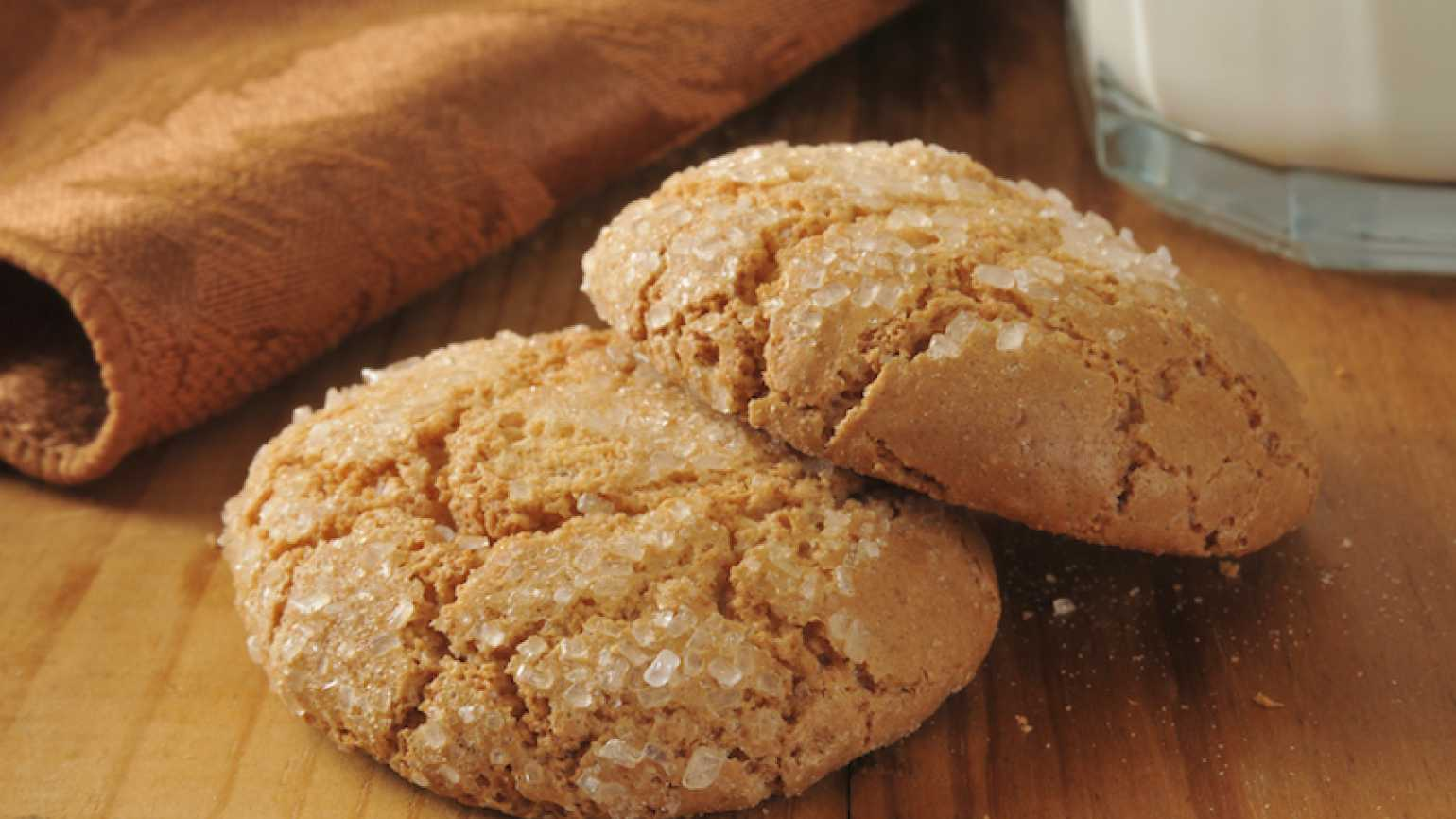 One of the joys of Christmas–gingersnap cookies.