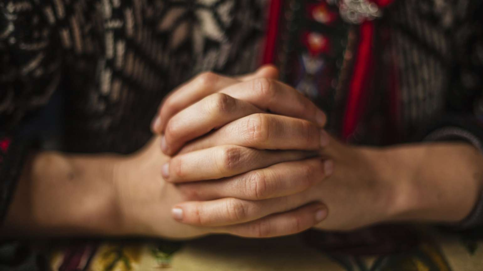 A prayer that pushes us. Photo lofilolo, Thinkstock.