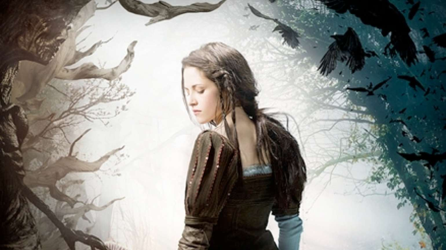 "Kristen Stewart in ""Snow White and the Huntsman"""