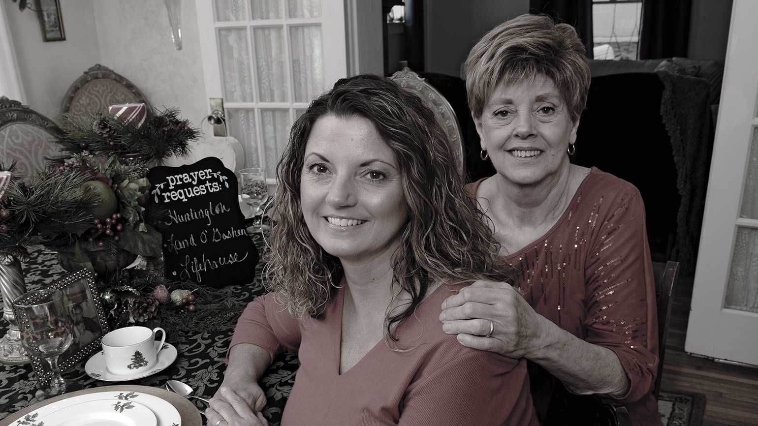 Joanna and her mother prepare a sober haven for the holidays.