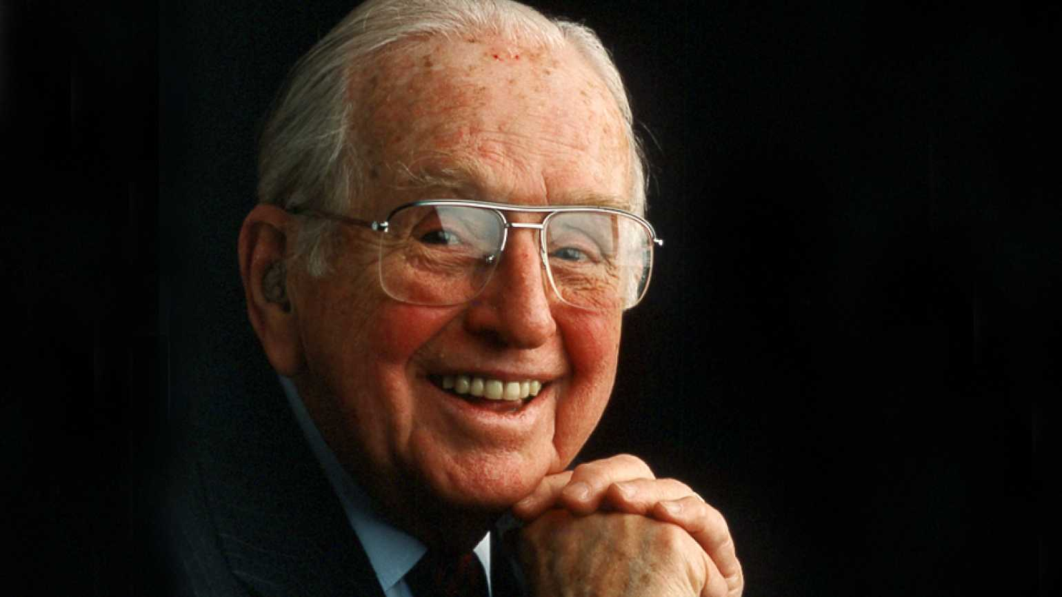 Guideposts founder Norman Vincent Peale
