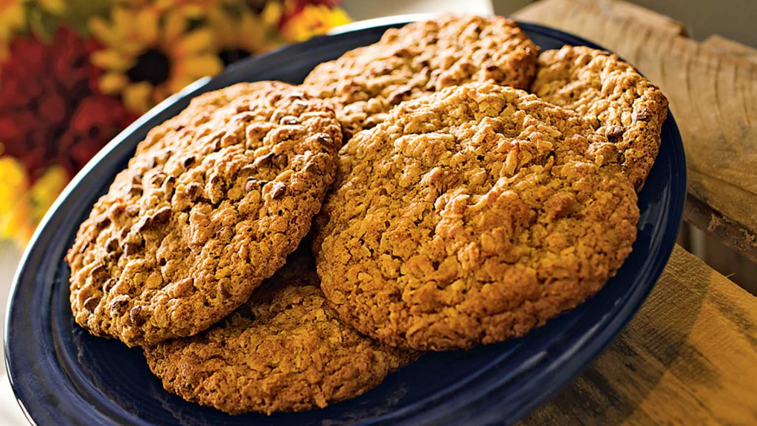 Inspired Delights: Kathy Snyder's Chewy Honey Oatmeal Cookies