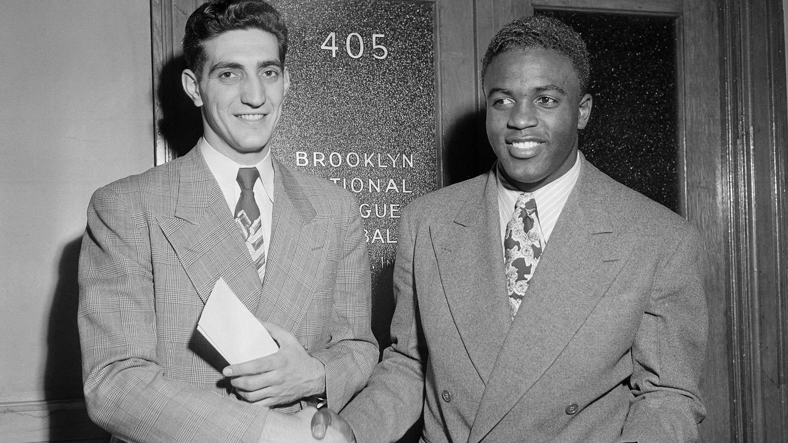 Ralph Branca (left) with Jackie Robinson