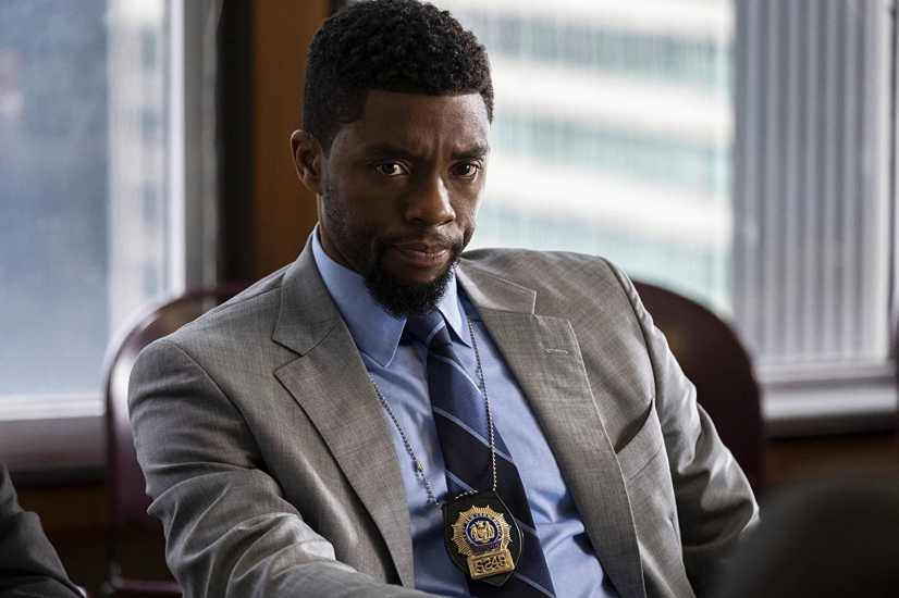 Chadwick Boseman in a scene from 21 Bridges
