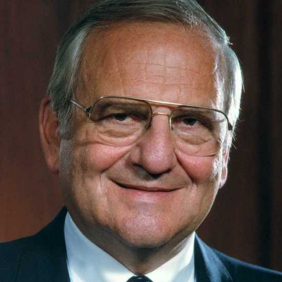 Author and auto executive Lee Iacocca