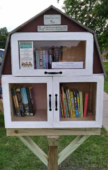 Little Free Library in Kindred