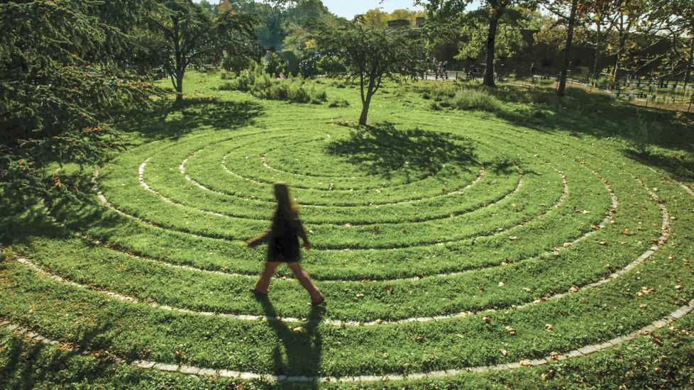 Battery Park labyrinth; Photo credit: Ariane Burgess