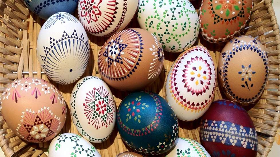A basket full of Easter eggs with dot and line designs from Germany