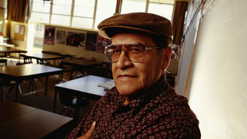Jaime Escalante Hispanic Heritage Month Inspiring Figures Inspiration Inspirational Stories