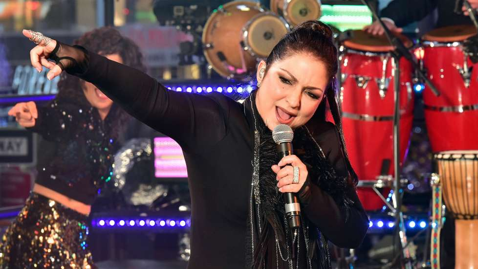 Gloria Estefan Hispanic Heritage Month Inspiring Figures Inspiration Inspirational Stories