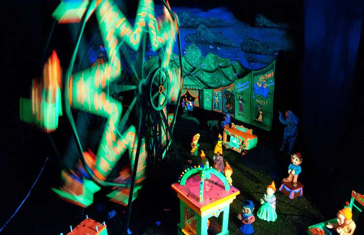 Guideposts: A scene from Rock City's Fairyland Caverns
