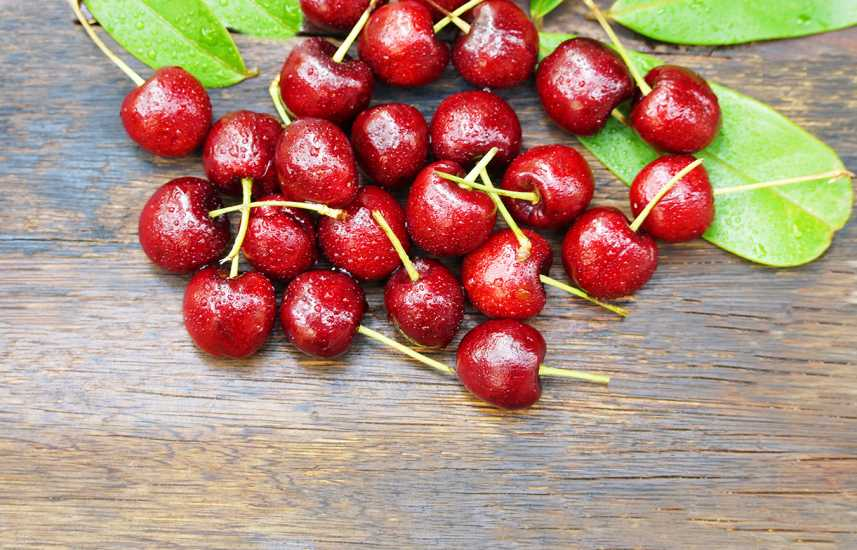 Healthy Summer Fruits to Add to Your Diet: Cherries are a summer fruit staple.  better living health wellness