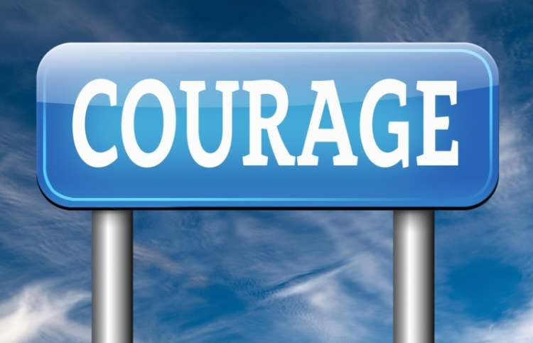 Illustration of a sign with the word courage: Shutterstock