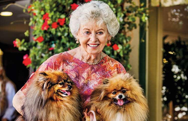 Dee Good with her current Pomeranians, Brownie and Muffy
