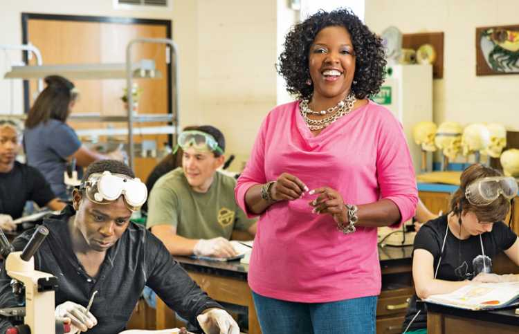 Kimberly Jones with students in her science classroom