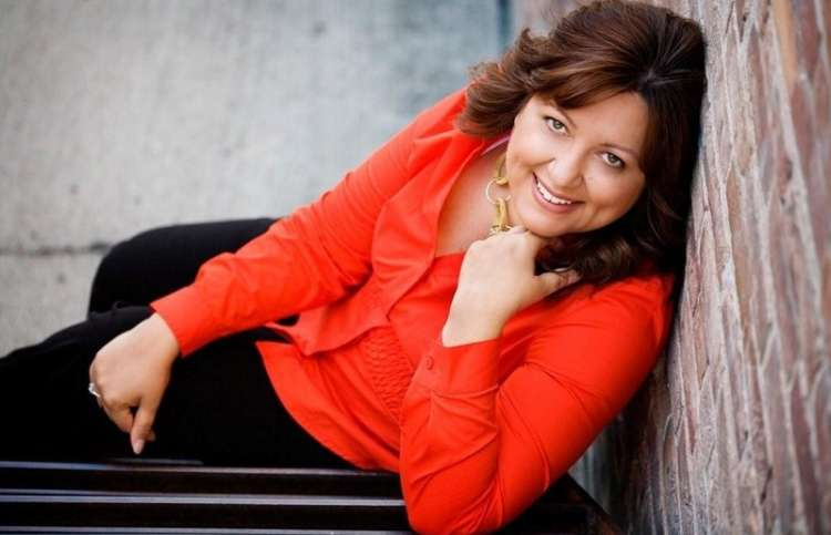 Mornings with Jesus author Tricia Goyer