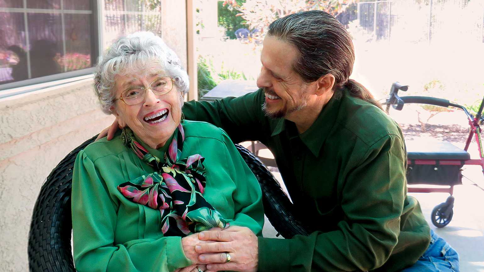 4 Tips for Caring for a Loved One with Alzheimer's Disease