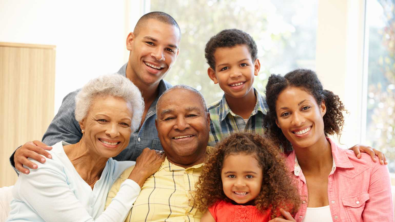 4 Ways to Manage Finances for Aging Parents