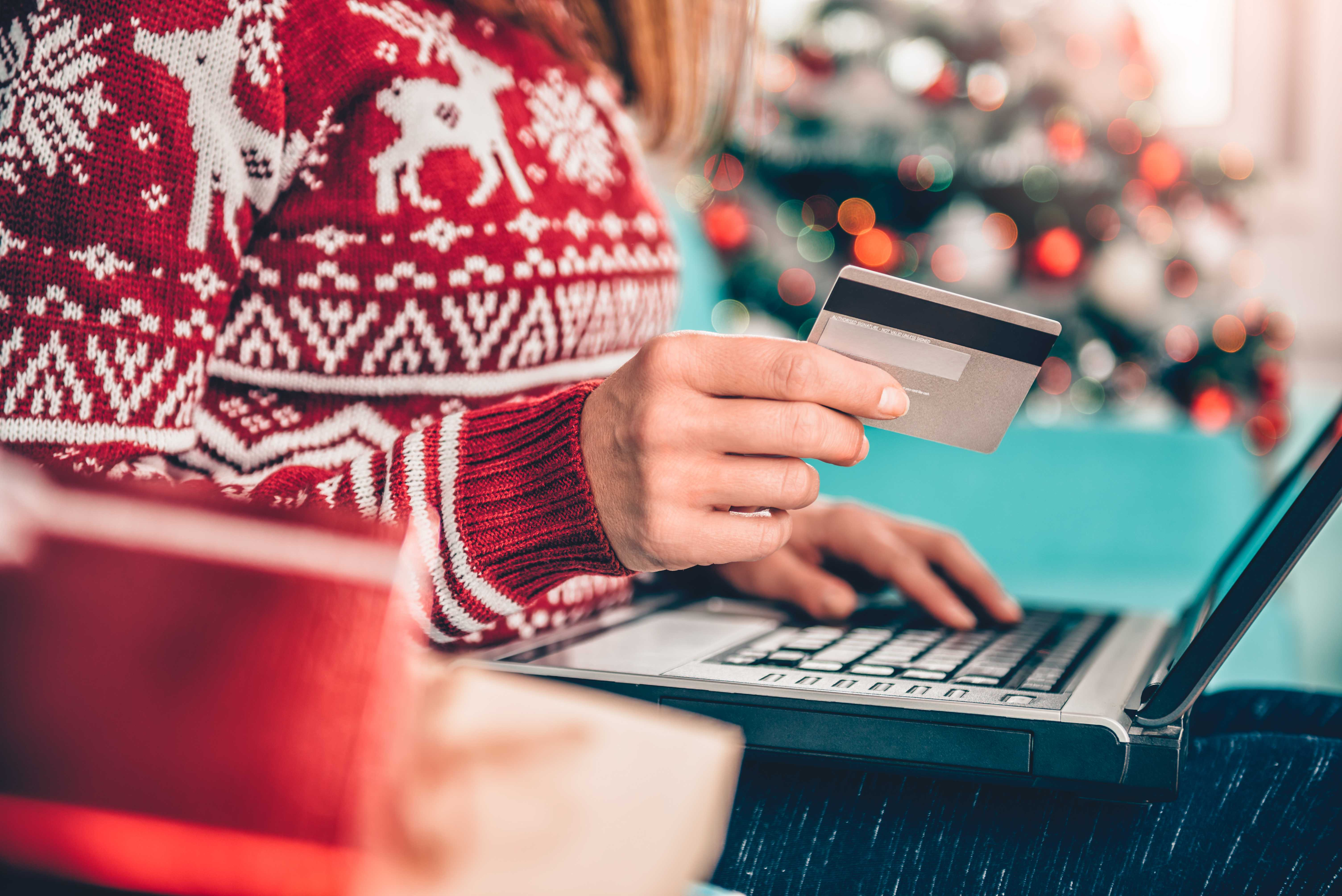 How to Protect Yourself from Holiday Scams