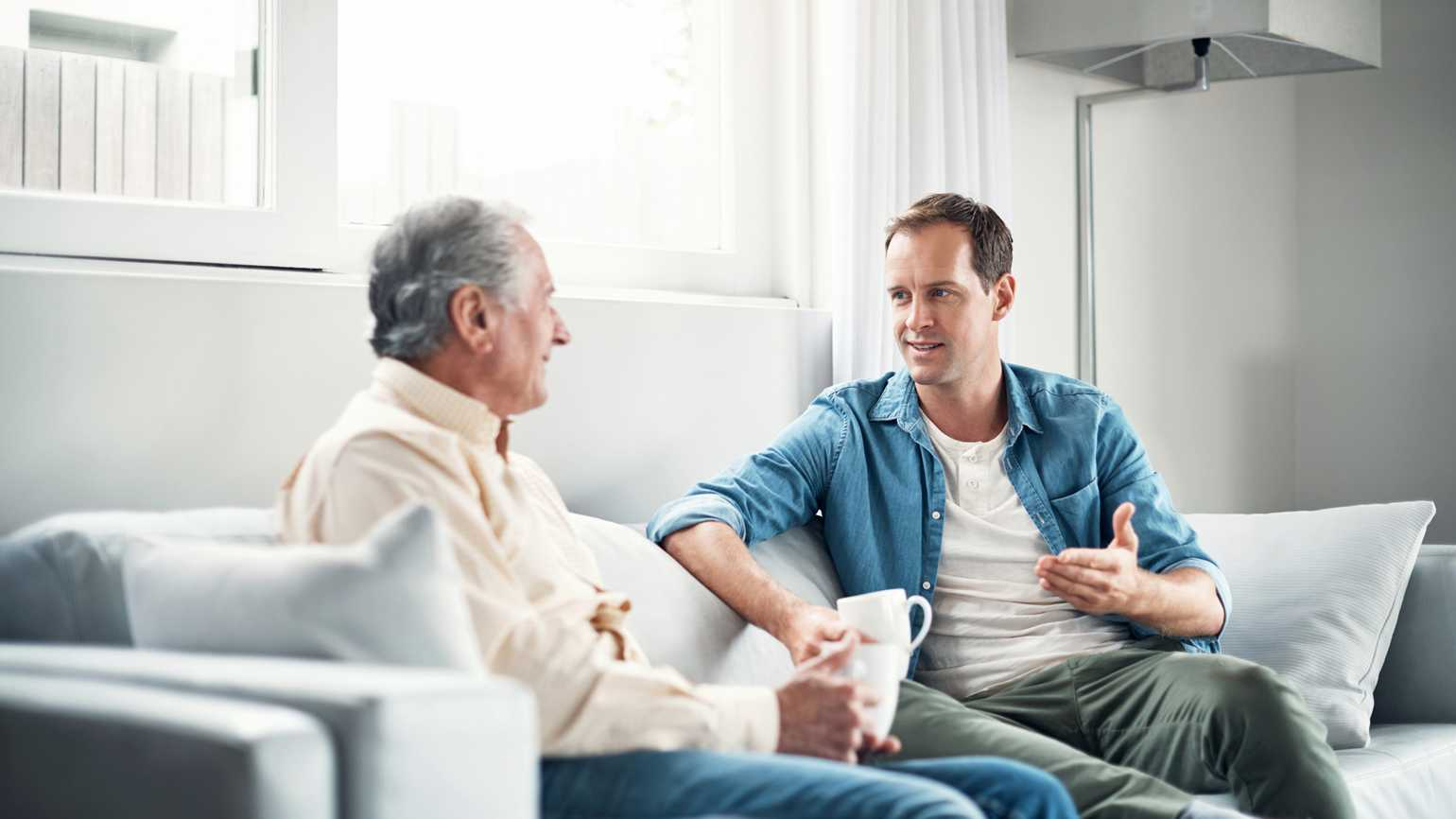 Tips for Speaking to a Person Who Has Alzheimer's