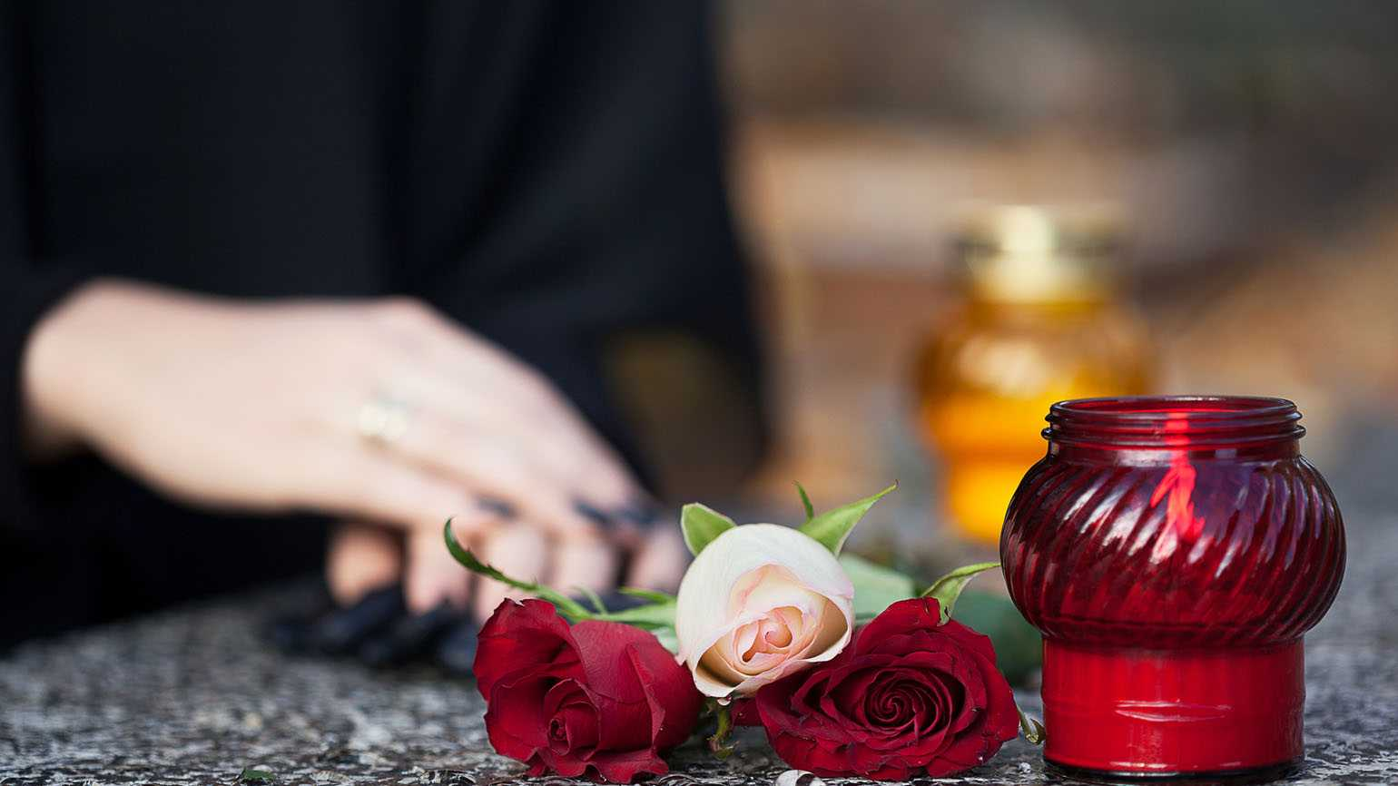 5 Tips to Create a Personalized Memorial Service