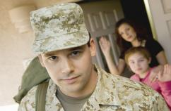 Soldier leaving home. Thinkstock.
