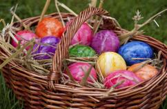 Basket of Easter eggs. Thinkstock.
