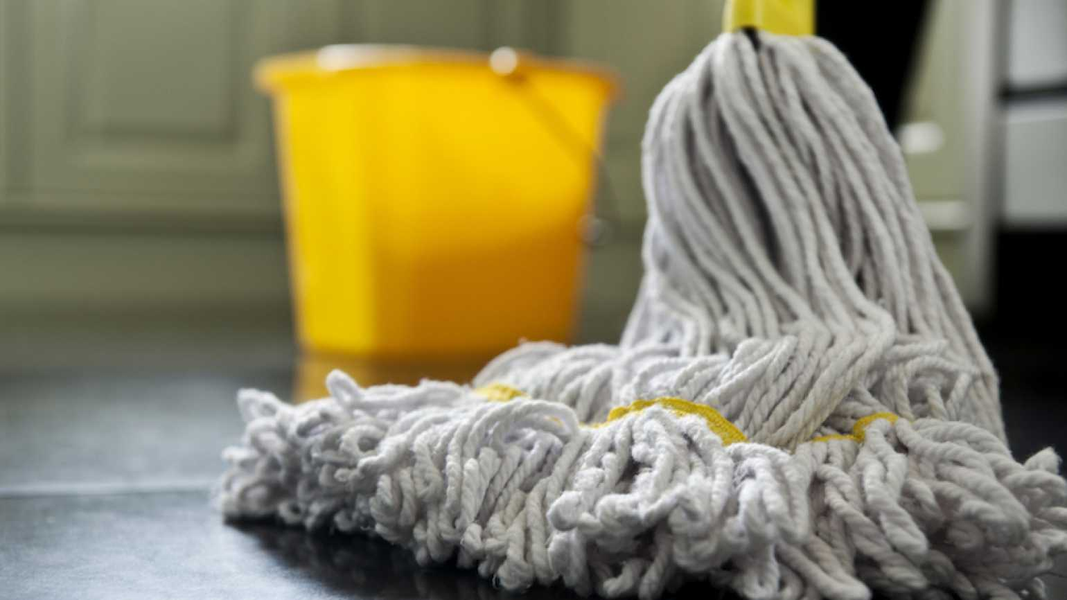 Mop and bucket. Thinkstock.