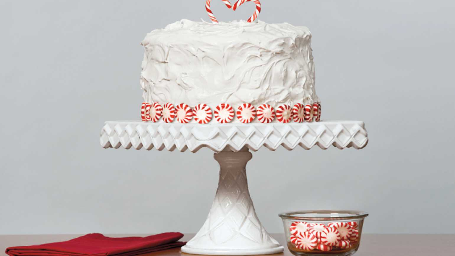 Peppermint Swirl 3-Layer Cake