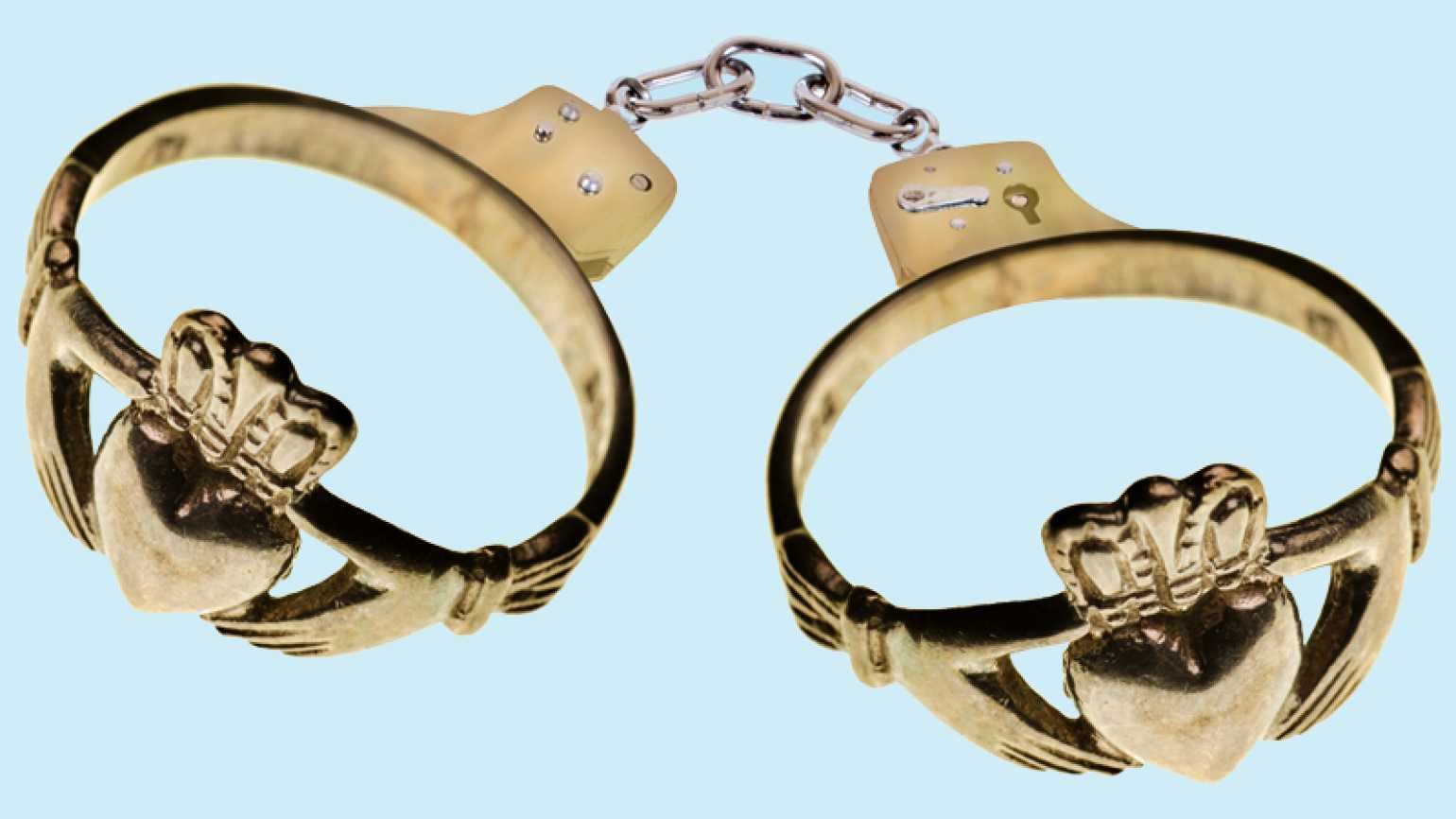 Handcuffs that resembles rings