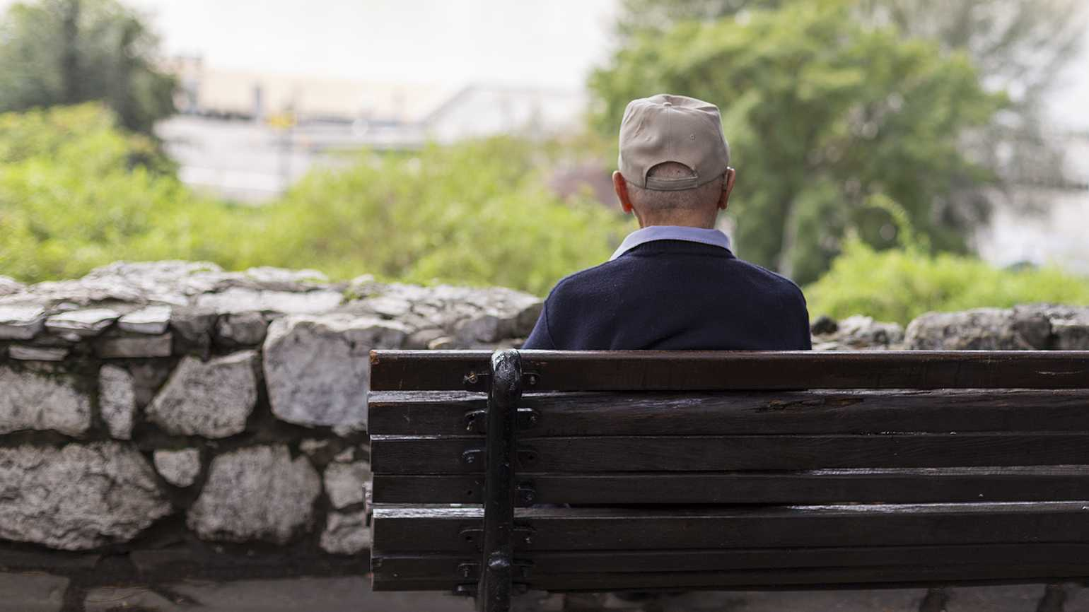 How to keep your routine and overcome loneliness